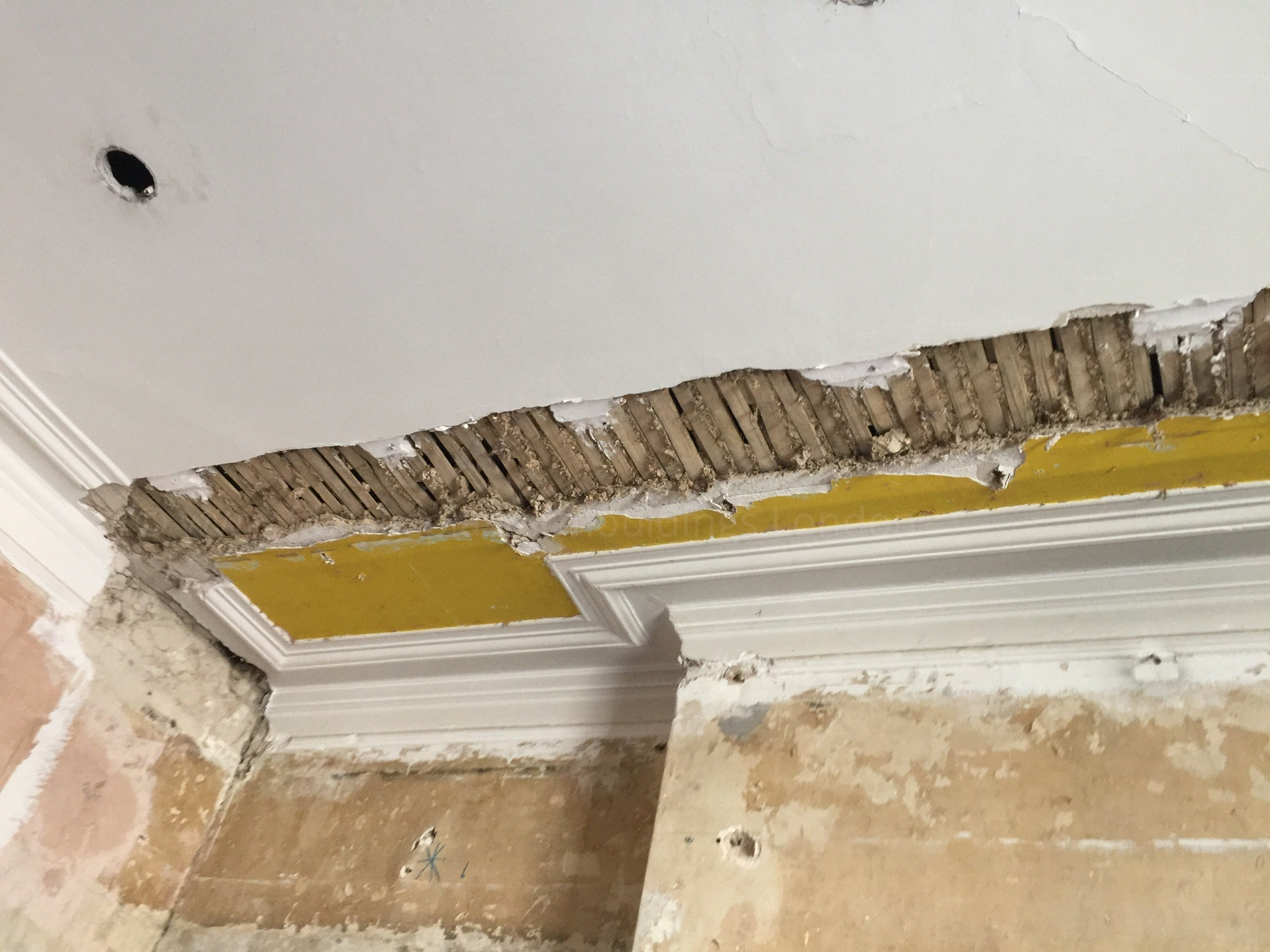 x how plaster of cracked and cracks ceiling a lath to photo repair in